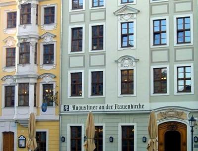 Wohn- und Geschäftshaus An der Frauenkirche 16-17