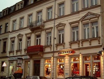Wohn- und Geschäftshaus Rothenburger Str. 32